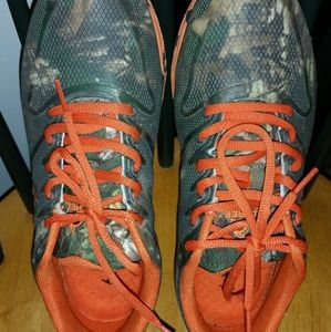 Unisex Realtree camo shoes